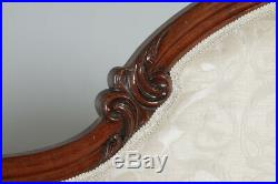 Antique English Victorian Mahogany Upholstered Chaise Longue Settee Sofa Couch