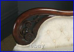 Antique English Victorian Mahogany Upholstered Chaise Longue Sofa Couch Settee