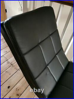 Black Modern Leather Look Chaise Longue sofa Used excellent condition