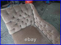 Chaise lounge velvet sofa with wooden legs