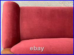 EB1464 Danish Pink Velour High-Backed Chaise Longue Vintage Lounge Seating