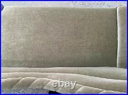 EB1474 Danish Green Velour High-Backed Chaise Longue Vintage Lounge Seating