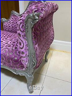 Stunning Chaise Longue Sofa, Re-upholstered In Quality Fabric By Designers Guild