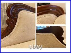 Superb Antique Victorian Mahogany Upholstered Chaise Longue Sofa Couch Settee